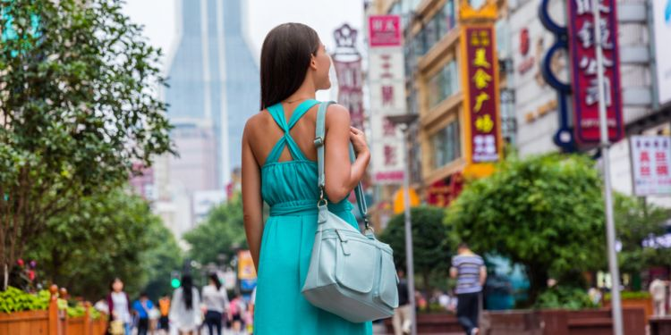 Networking etiquette in Shanghai