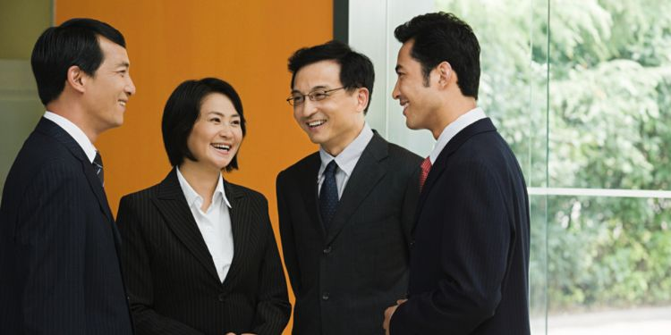 The workplace etiquette in Shanghai